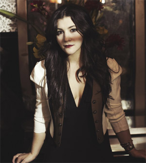 Alex Winston Announces 'Velvet Elvis' Ep Out 12th September 2011