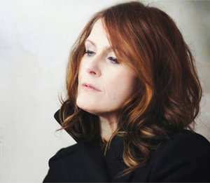 Alison Moyet Announces New Single 'Love Reign Supreme' And 2013 UK Tour Dates