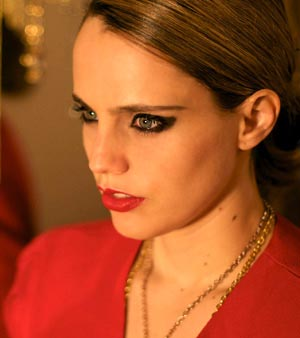 Anna Calvi Full Tour Details For October Through To Late November 2011
