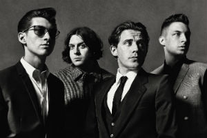 Arctic Monkeys Announce UK 2013 Tour