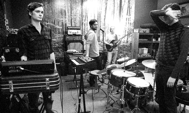Absolutely Free Announce Early 2015 UK Tour With Viet Cong
