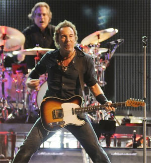 Bruce Springsteen & The E Street Band Add 2013 UK Dates To 'Wrecking Ball' World Tour