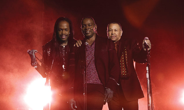 Earth Wind And Fire Announce First Ever Seasonal Album 'Holiday' Released October 20th 2014