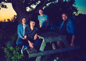 Empty Pools Announce Debut Lp 'Saturn Reruns' Plus 2013 UK Tour With Eleanor Friedberger