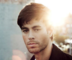 Enrique Iglesias Announces New Album 'Sex And Love' To Be Released 17th March 2014