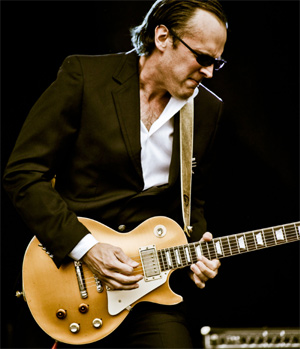 Joe Bonamassa Announces March 2012 UK Arena Tour