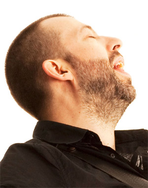 Jon Gomm Announces 'Secrets Nobody Keeps' UK Autumn 2013 Tour Dates