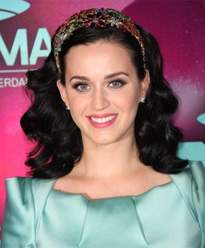 Superstar Katy Perry Announces UK Arena Tour In May 2014