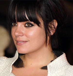 Lily Allen Releases Her New Single 'Air Balloon' On 2nd March 2014