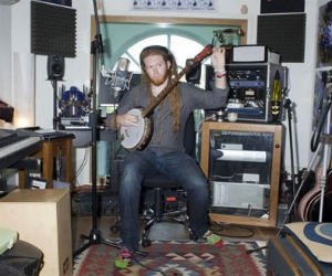 Newton Faulkner Starts 24-7 Recording Of Album 'Studio Zoo' From His East London Home