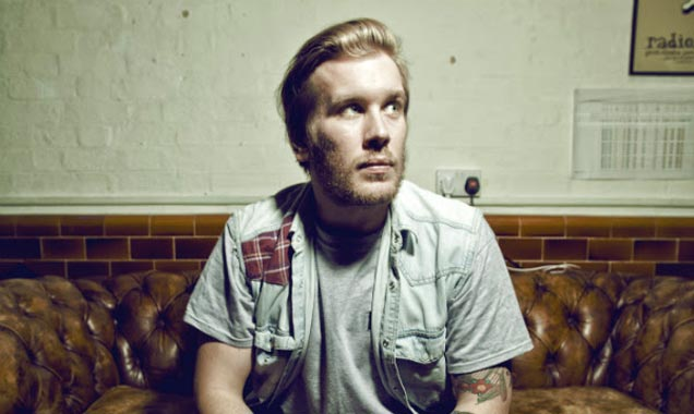 Rob Lynch Signs To Xtra Mile Recordings Plus Announced As Support To Charlie Simpson On Forthcoming May 2014 UK Tour