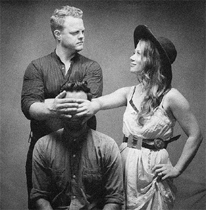 The Lone Bellow Announce New Ep 'The One You Should've Let Go' Released On December 9th Plus UK Tour March 2014