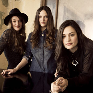 The Staves Announce Debut Album 'Dead And Born And Grown' Out 22nd October 2012