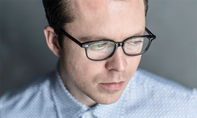 Tom Vek Streams New Single 'Pushing Your Luck' Out 25th August And October 2014 Tour Dates [Listen]