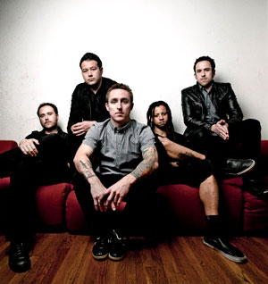 Yellowcard Announce Co-headline UK Tour With Saves The Day Winter 2011