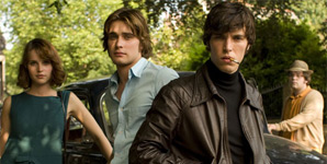 Cemetery Junction Movie Review