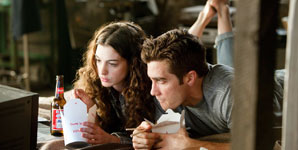 Love & Other Drugs Movie Review