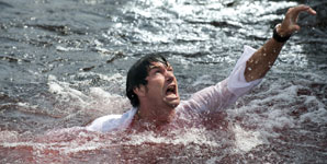 Piranha 3D Movie Review