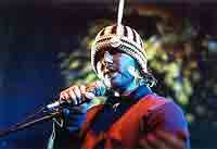 Badly Drawn Boy Live  @ www.contactmusic.com