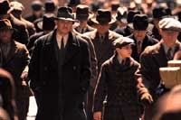 Watch Tom Hanks and Paul Newman Interviewed on Road To Perdition @ www.contactmusic.com
