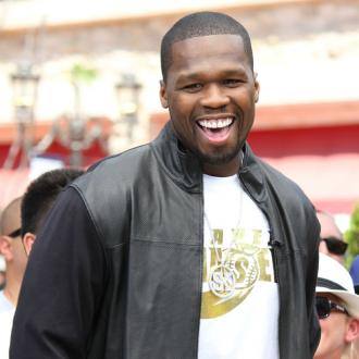 50 Cent Donates Food To Hurricane Sandy Victims