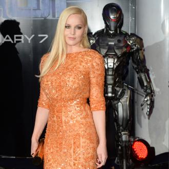 Abbie Cornish a 'hopeless romantic'