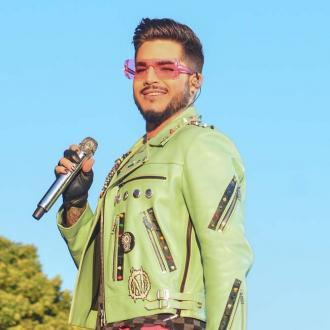 Adam Lambert ditches antiperspirant deodorant