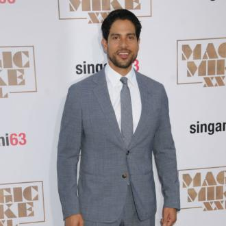 Adam Rodriguez to be a dad again
