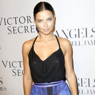 Adriana Lima: Pirelli calendar is art