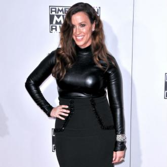 Alanis Morissette: Giving Birth Was Like Texas Chainsaw Massacre