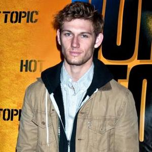 Alex Pettyfer Engaged To Riley Keough