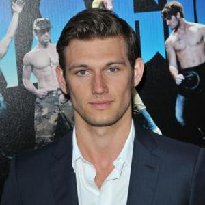 Alex Pettyfer Gained 27lbs For 'Magic Mike'