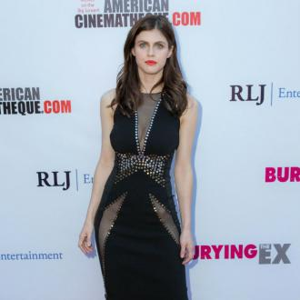 Alexandra Daddario was accused of wetting the bed