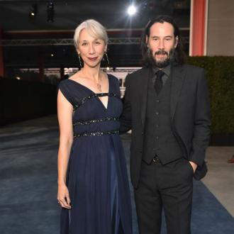 Keanu Reeves dating artist?