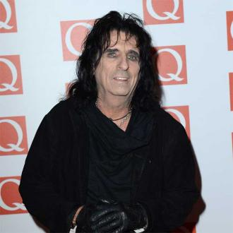 Alice Cooper voices Peter and Wolf in Hollywood