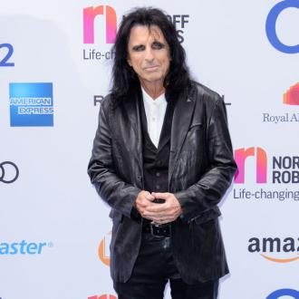 Alice Cooper clarifies 'death pact' comments