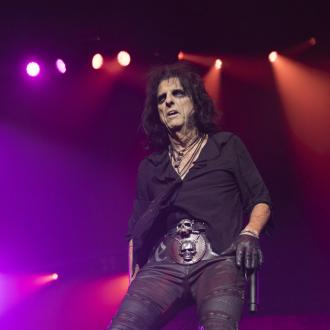 Alice Cooper learning to tap-dance