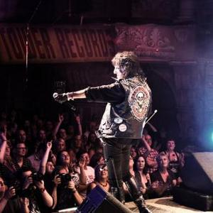Alice Cooper Crashes Rock Of Ages Show
