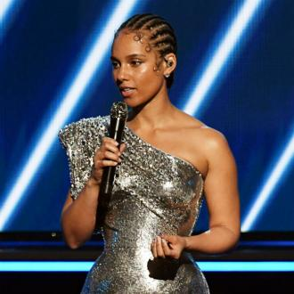 Alicia Keys wants to 'celebrate skin'