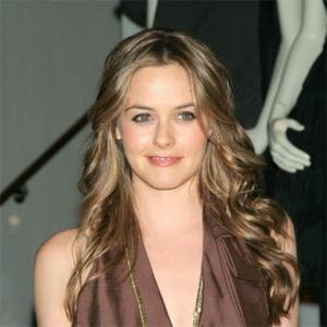 Secondhand Shopper Alicia Silverstone