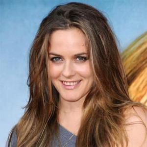 Alicia Silverstone Reveals Unusual Feeding Method