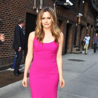Alicia Silverstone put off acting by fame