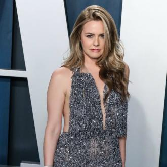 Alicia Silverstone proud son didn't give in to hair bullies