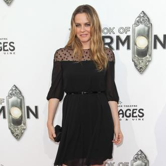 Alicia Silverstone is fuming about feathers