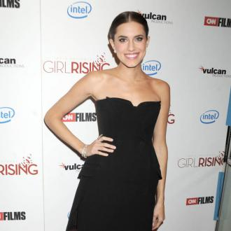 Allison Williams Wants To Experiment With Fashion