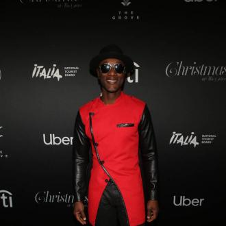 Aloe Blacc fed up with cookie-cutter pop stars