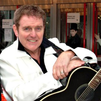 Alvin Stardust laid to rest in Swansea