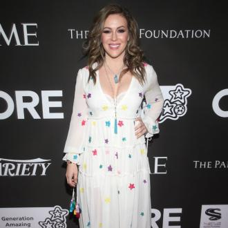 Alyssa Milano still having 'heart palpitations' during coronavirus battle