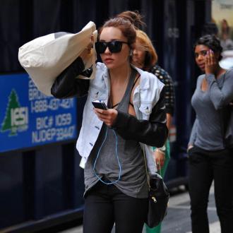 Amanda Bynes 'Obsessively Hates' Lindsay Lohan