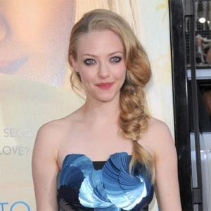 Amanda Seyfried Reveals Teenage Insecurities